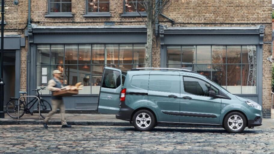 Razones para escoger Ford Transit Courier 2022