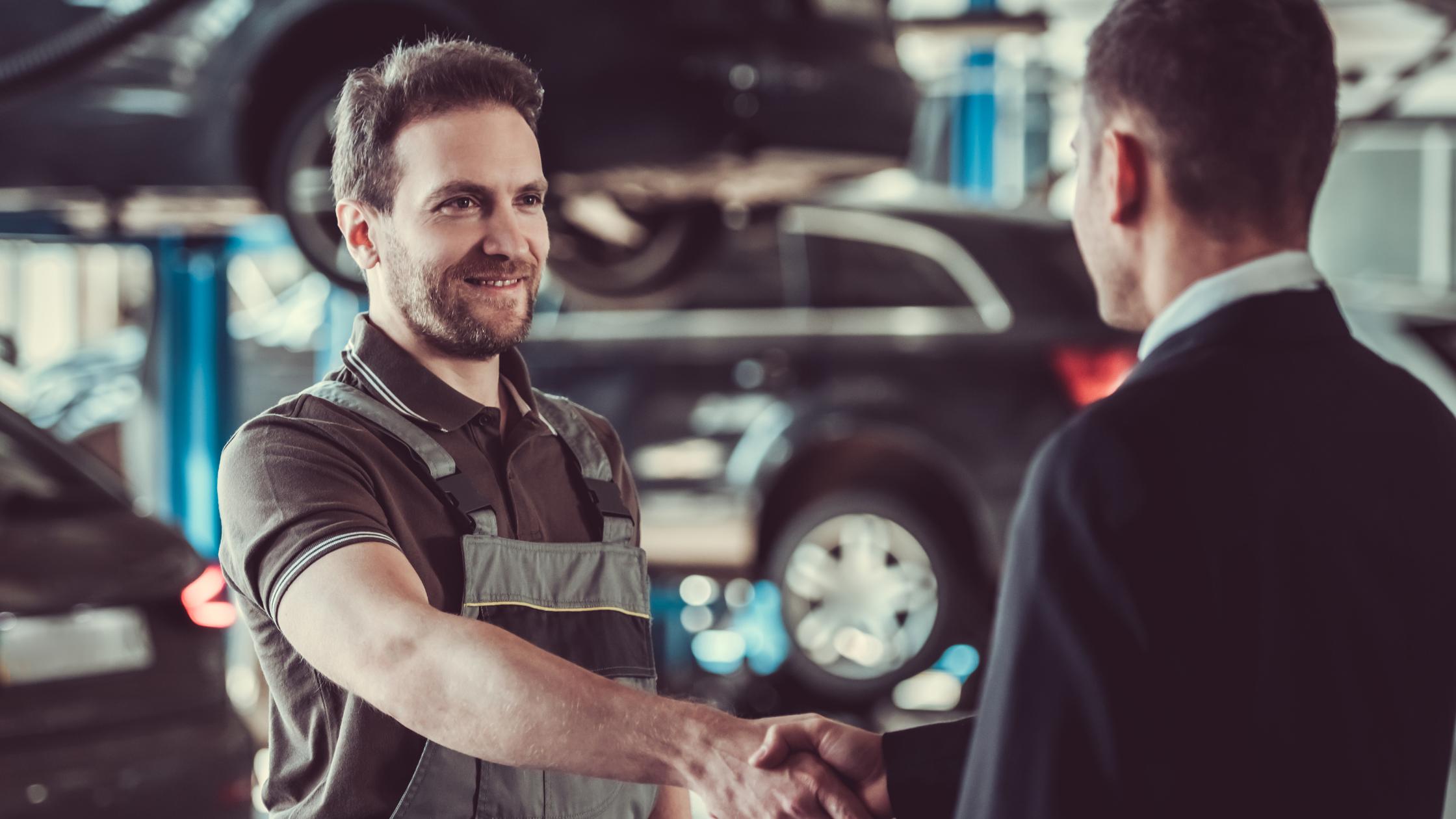 Revisiones mecánicas para que tu auto siga como nuevo